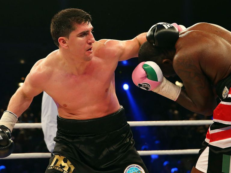 Marco Huck fights it out with Ola Afolabi