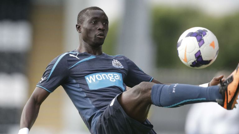 Papiss Cisse: Newcastle striker back in action after Wonga shirt row