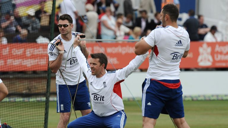 Graeme Swann was able to take the field on the third morning after x-rays revealed no fracture. Swann was hit on the right arm while batting on day two