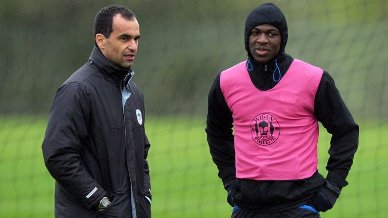 Arouna Kone (right) attracting interest from Newcastle and Everton