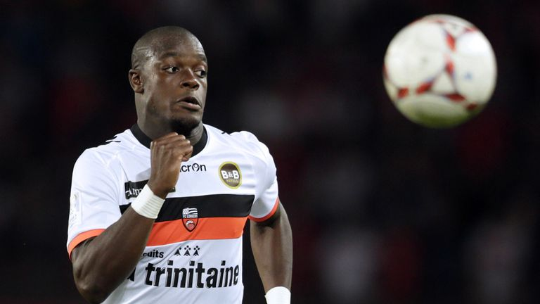 Lamine Kone: Extends Lorient contract