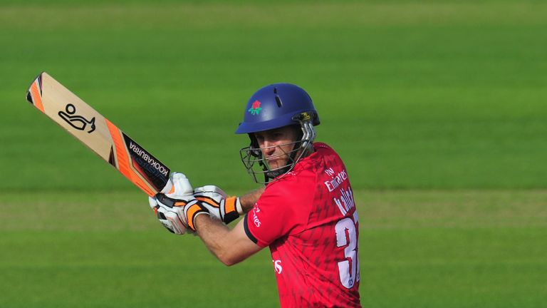 Lancashire batsman Simon Katich put the visitors in a strong position