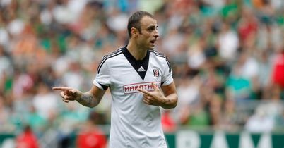 Dimitar Berbatov: Henry wants him dropped