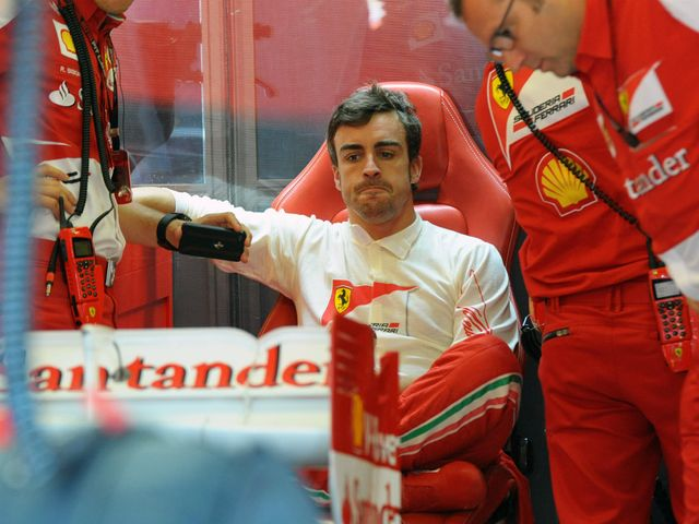 Fernando Alonso: Fastest in first practice