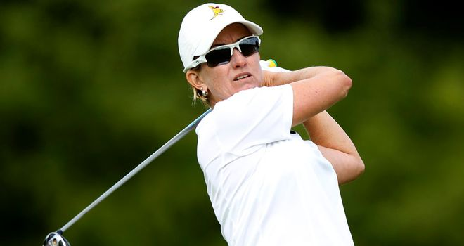 Karrie Webb: Leading field in Singapore