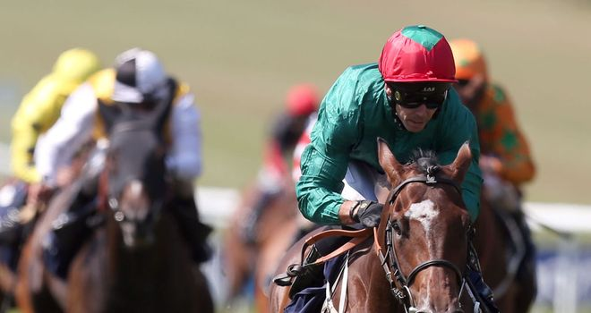 Maputo wins under Graham Lee at Newmarket