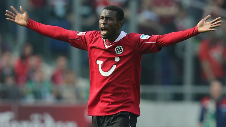 Mame Biram Diouf: Back in training with Hannover