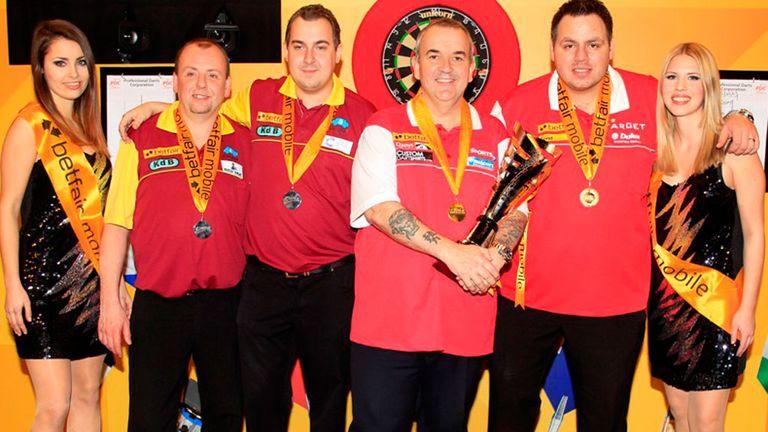 England celebrate winning 2013 World Cup of Darts