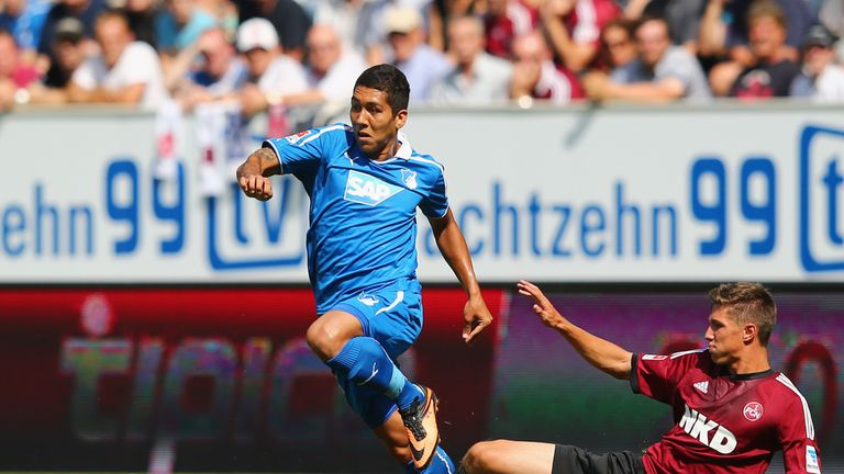 Roberto Firmino (l): Aware of Atletico Madrid's interest in him