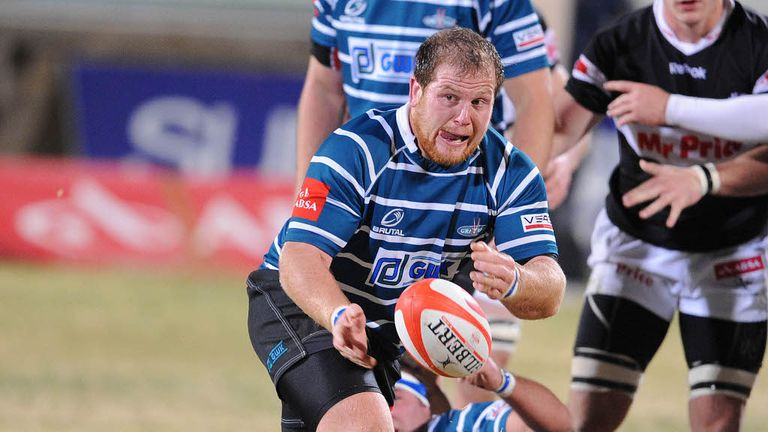 Lourens Adriaanse: Two-year deal with Sharks for prop