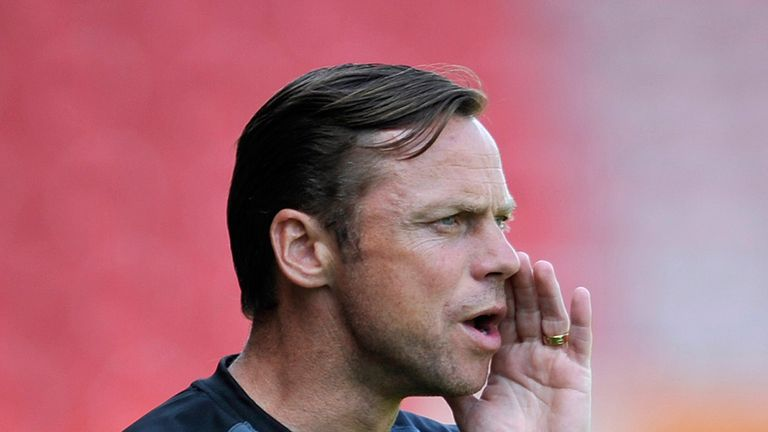 Paul Dickov: Adds to goalkeeping ranks