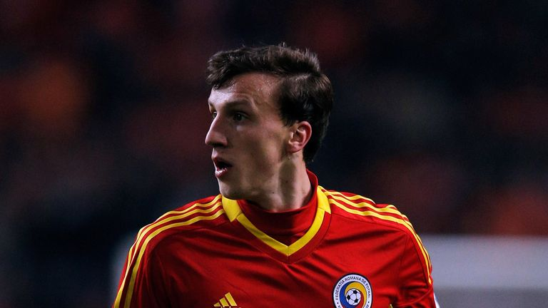 Vlad Chiriches: Could make his debut this weekend