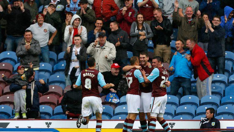 Sam Vokes celebrates his goal