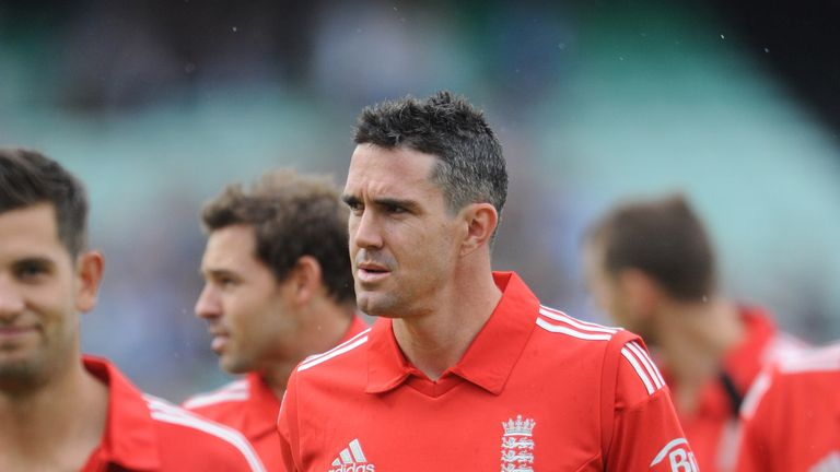 Kevin Pietersen: Has questioned Jack Wilshere over England views