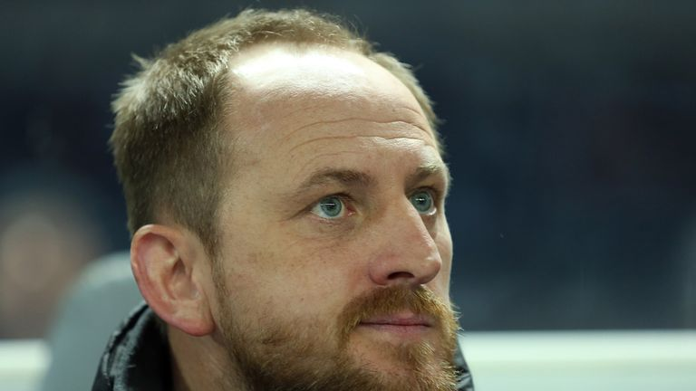 Torsten Lieberknecht: Khelifi will join Lieberknecht's Braunschweig side
