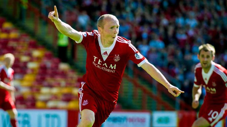 Willo Fllood: More hamstring problems for Dons man