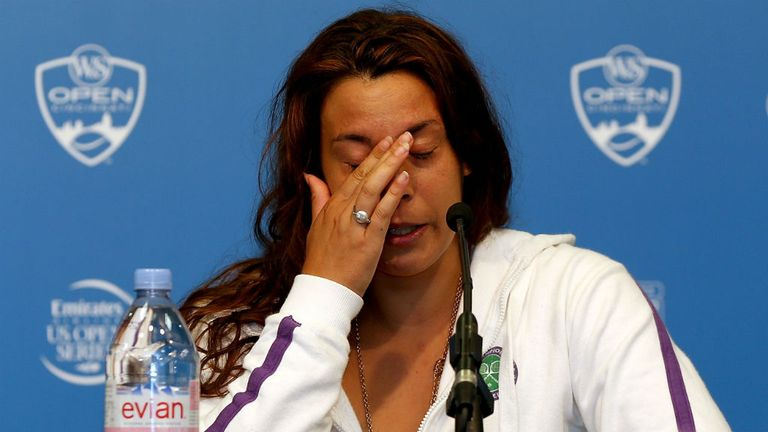 Marion Bartoli announces her retirement