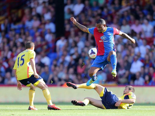 Jason Puncheon in action for Palace.