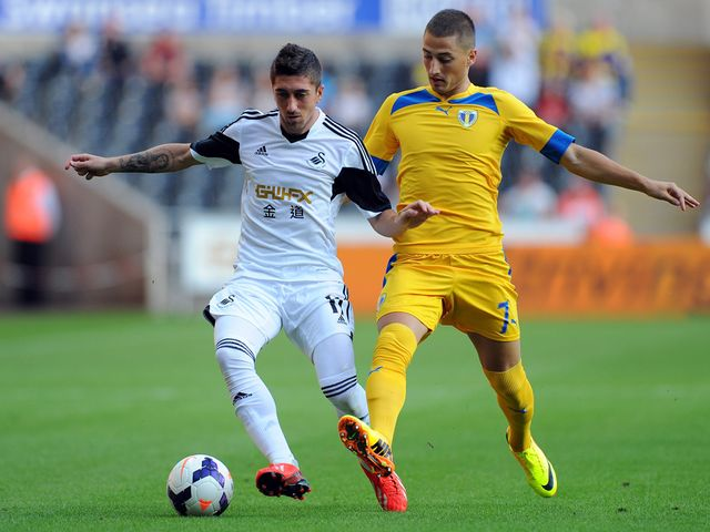 Pablo Hernandez in action for Swansea.