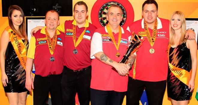 England celebrate winning 2013 World Cup of Darts