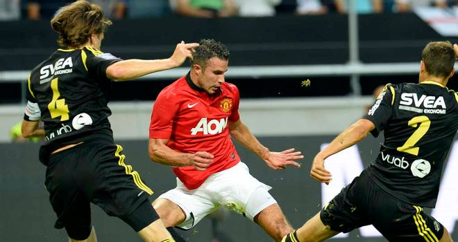 Robin van Persie: Couldn't find the net on his 30th birthday