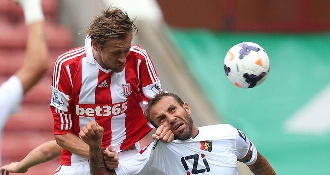 Peter Crouch: Stoke striker struck the post in 0-0 draw with Genoa
