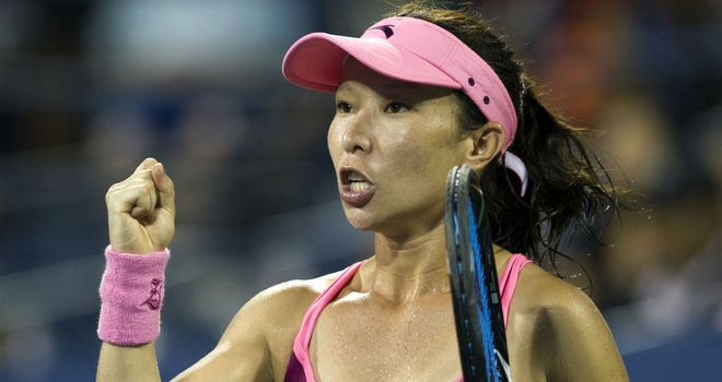 Zheng Jie: Will take on Spain's Carla Suarez Navarro in the next round