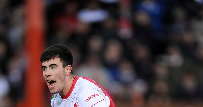 Jordan Cox: crucial try for Hull KR at Headingley