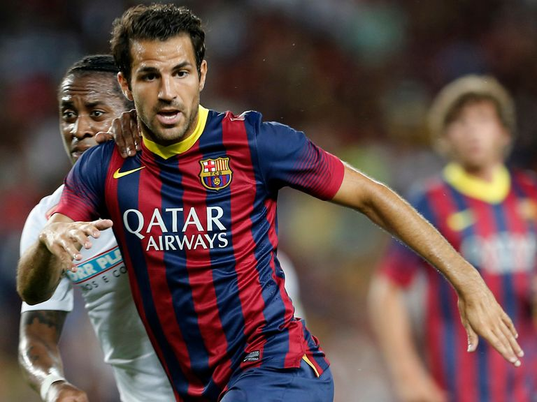 Cesc Fabregas: Staying at Barcelona, believes Arsene Wenger