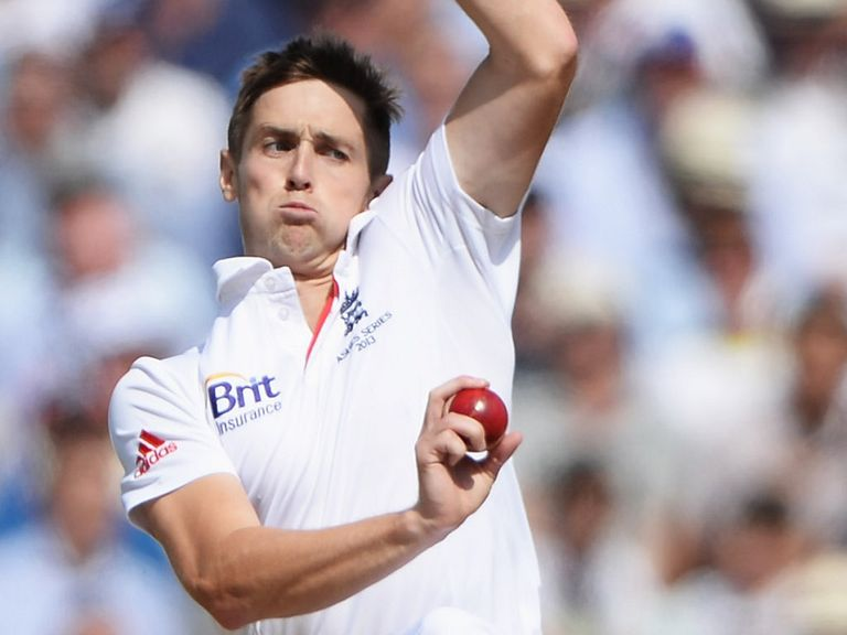 Chris Woakes: New deal with Warwickshire