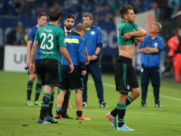 Schalke show their disappointment after a 1-1 draw with PAOK Salonika