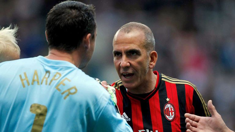 Paolo Di Canio: Exchanges views with Steve Harper