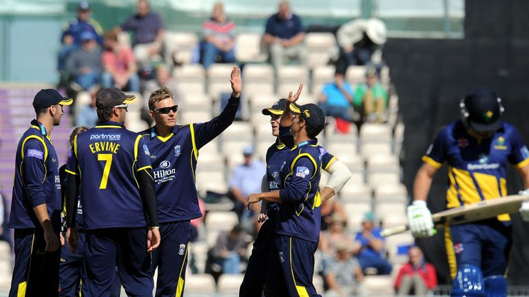 Hampshire's one-day team to drop Royals title