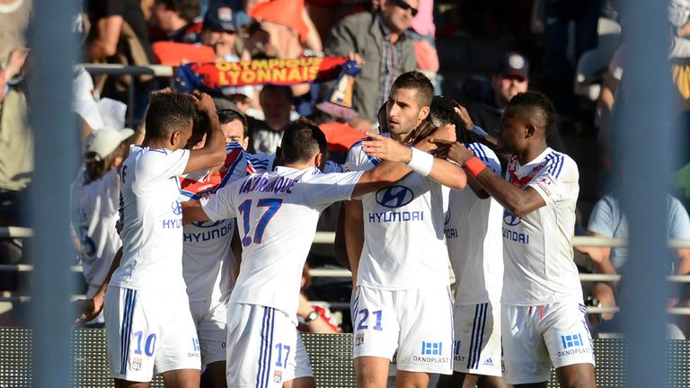Lyon: Celebrating against Nantes