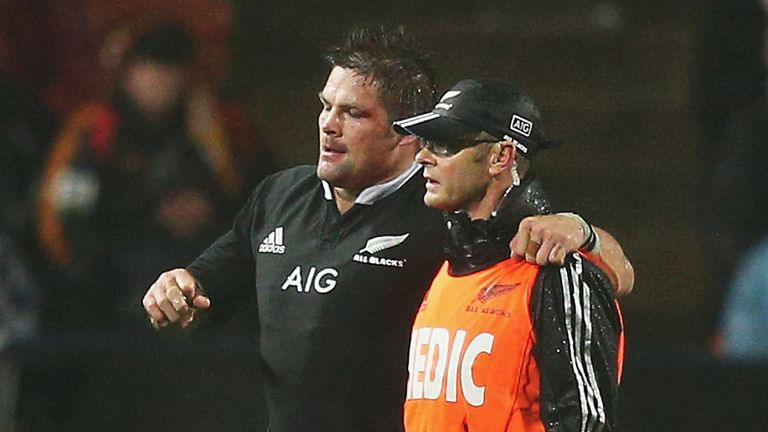Richie McCaw: Facing four weeks out with ligament damage