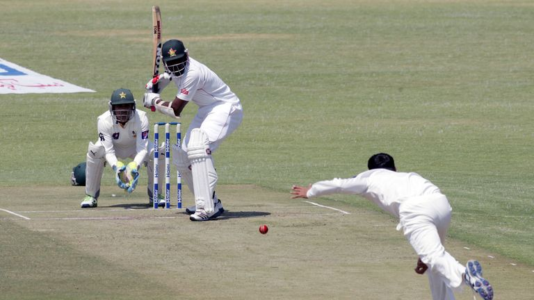 Hamilton Masakadza: Zimbabwe No.3 top scored on day one with 75