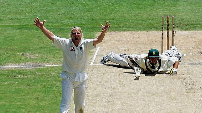 Matthew Hoggard took 12 wickets as England beat South Africa by 77 runs in Johannesburg in 2005 on their way to a 2-1 series win