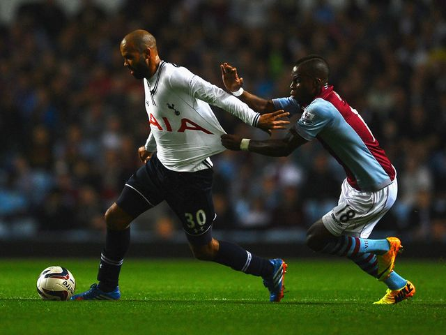 Sandro is given attention by Yacouba Sylla.