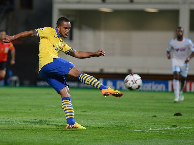 Theo Walcott scores with a stunning volley for Arsenal