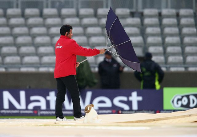 No result at a damp and windy Edgbaston