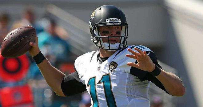 Blaine Gabbert: Struggled in opener before injury struck