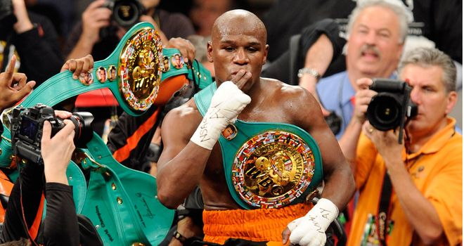 Floyd Mayweather: Wants his Twitter followers to decide on his next bout