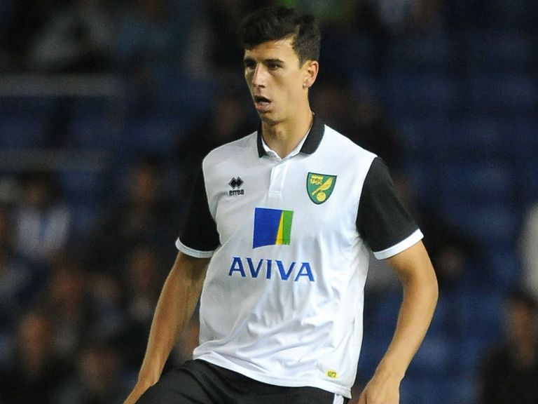 Daniel Ayala: Leaves Norwich