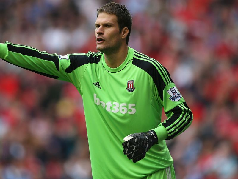 begovic - photo #30