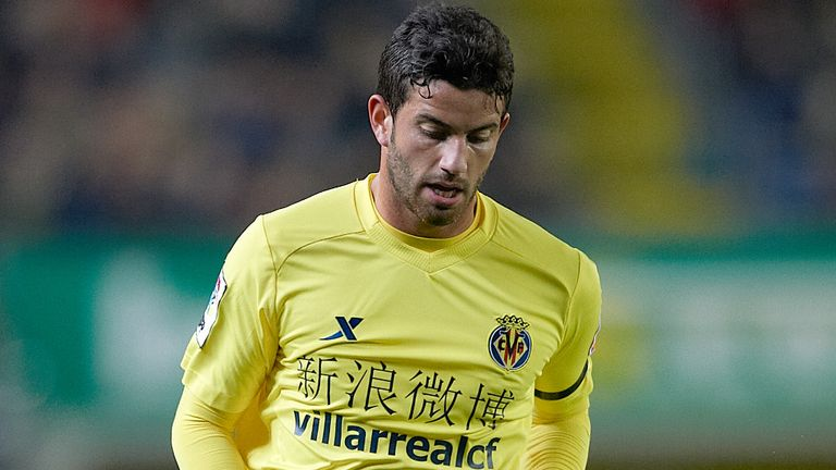 Mateo Musacchio: Linked with a move elsewhere but Villarreal will fight to keep him