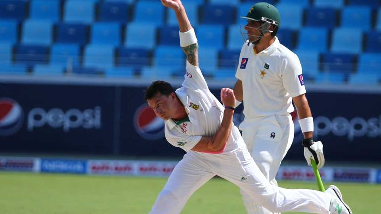 Dale Steyn: Played second Test against Pakistan despite hamstring strain