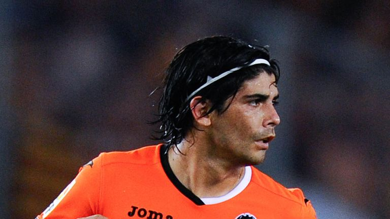 Ever Banega: Sunderland keen on Valencia midfielder