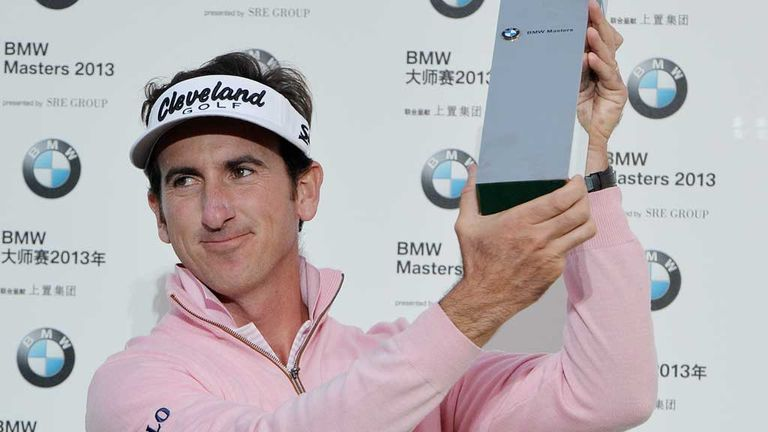 Gonzalo Fernandez-Castano: Stuttered to a double-bogey at the last