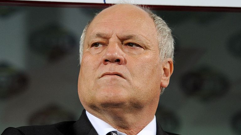 Martin Jol: Fulham boss claims he is not feeling under pressure
