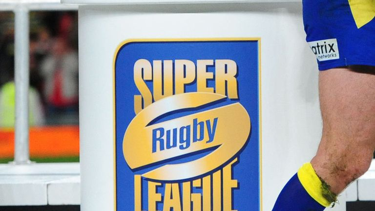 Super League players back revolt by top clubs against plans to restructure
